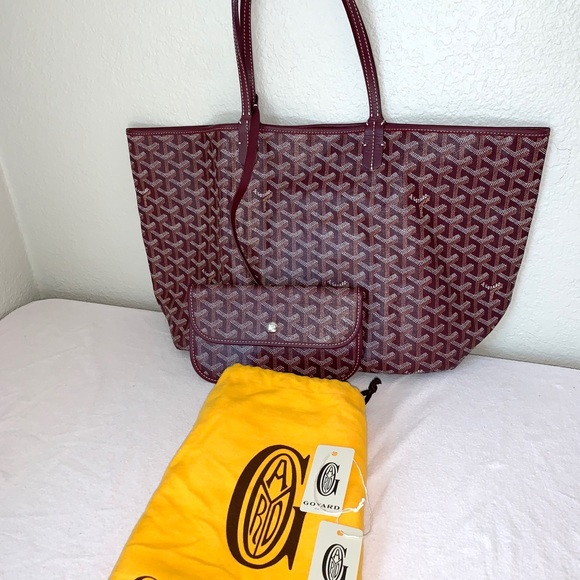 Goyard St. Louis PM Chevron Shoulder Bag